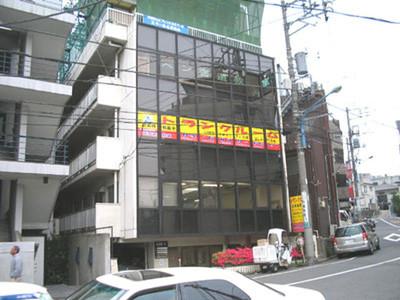 加瀬のトランクルーム新宿区早稲田2